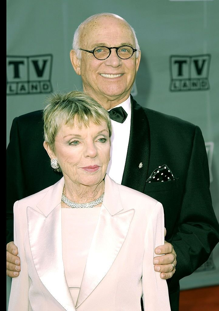 Gavin MacLeod and his wife Patti attend the TV Land Awards 2003. | Source: Getty Images
