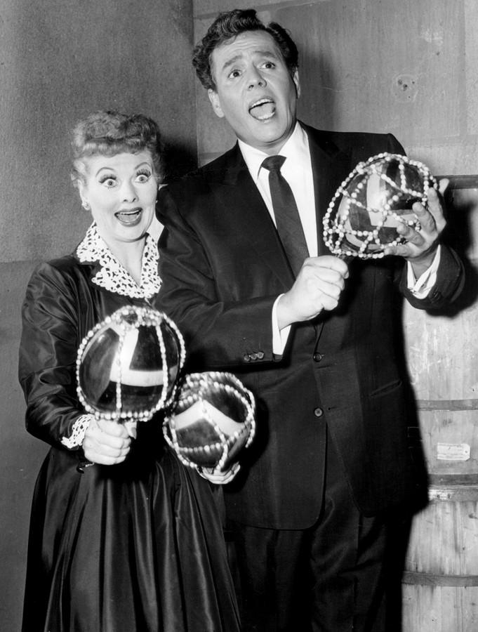 Lucille Ball and Desi Arnaz for The Lucille Ball-Desi Arnaz Show.  | Source: Wikimedia Commons