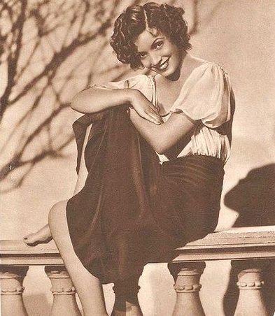 Foto publicitaria de Conchita Montenegro para Argentinean Magazine. Año 1935. | Imagen: Wikipedia