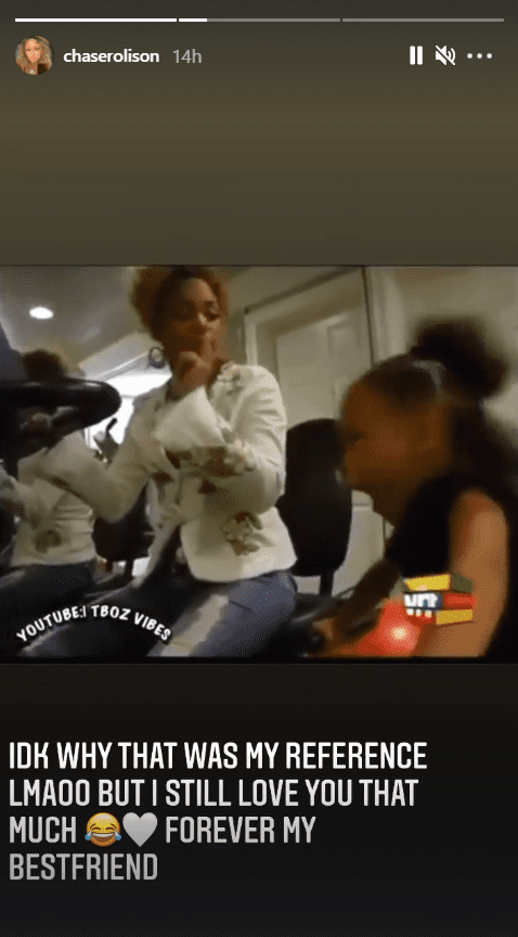 T-Boz and her daughter Chase, when she was younger, having fun together. |  Source: Instagram/chaserolison