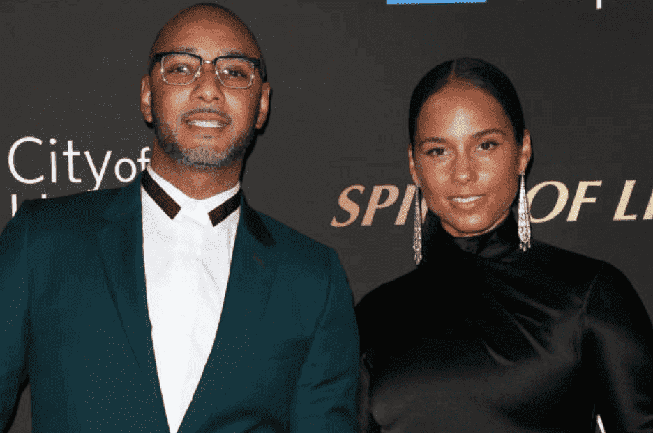 Swizz Beatz and his wife, Alicia Keys on the red carpet for the City Of Hope's Spirit Of Life 2019 Gala in October 2019, | Source: Getty Images