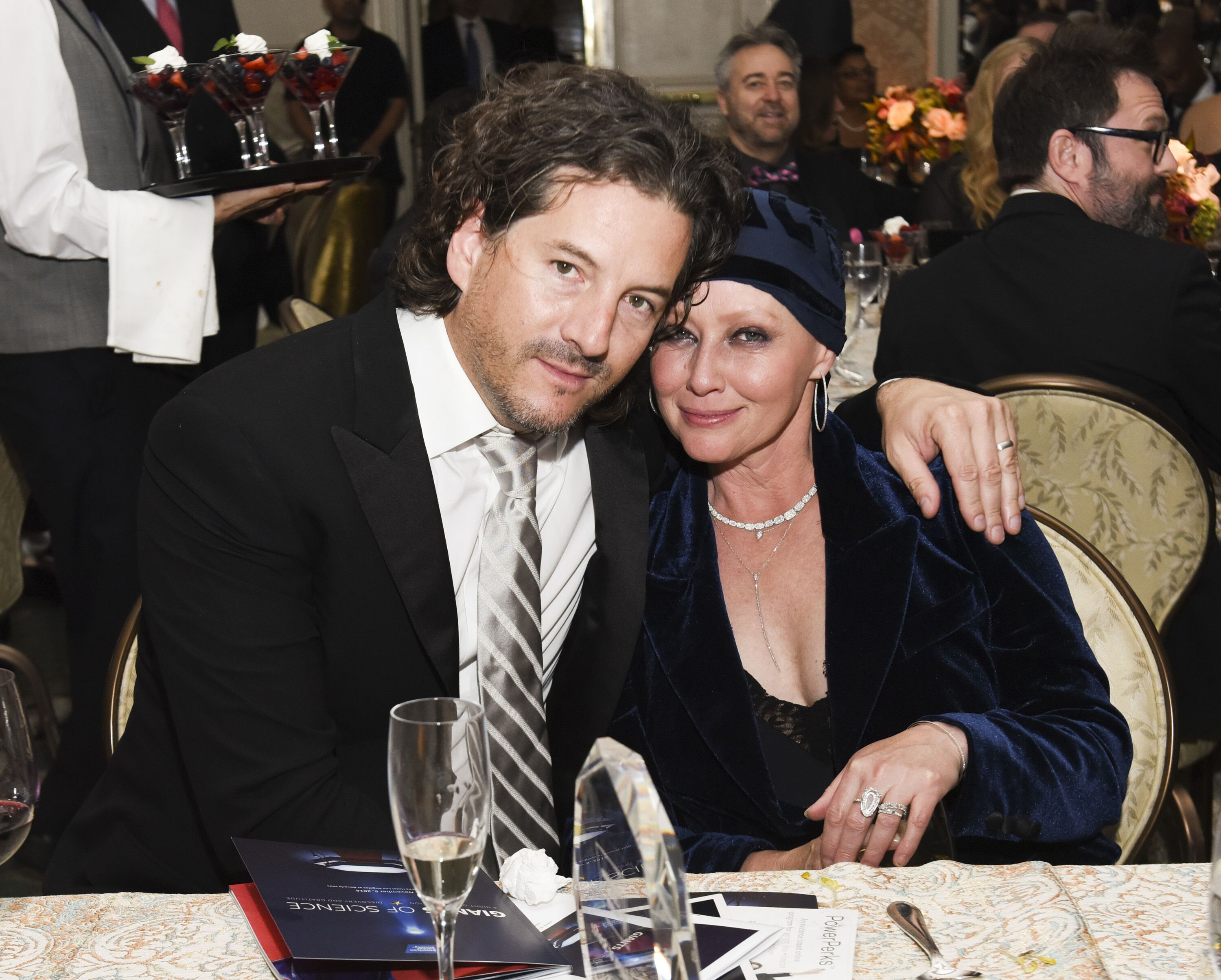 Kurt Iswarienko and Shannen Doherty at the American Cancer Society's Giants of Science Los Angeles Gala in 2016 | Photo: Getty Images