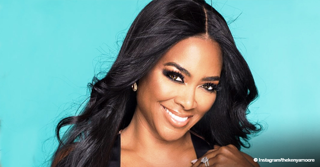 Kenya Moore's Baby Girl Brooklyn Can Roll over (Video)