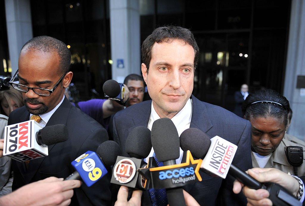 Howard K.Stern outside the courthouse at the Criminal Court on October 28 2010, in Los Angeles, California | Photo: GettyImages