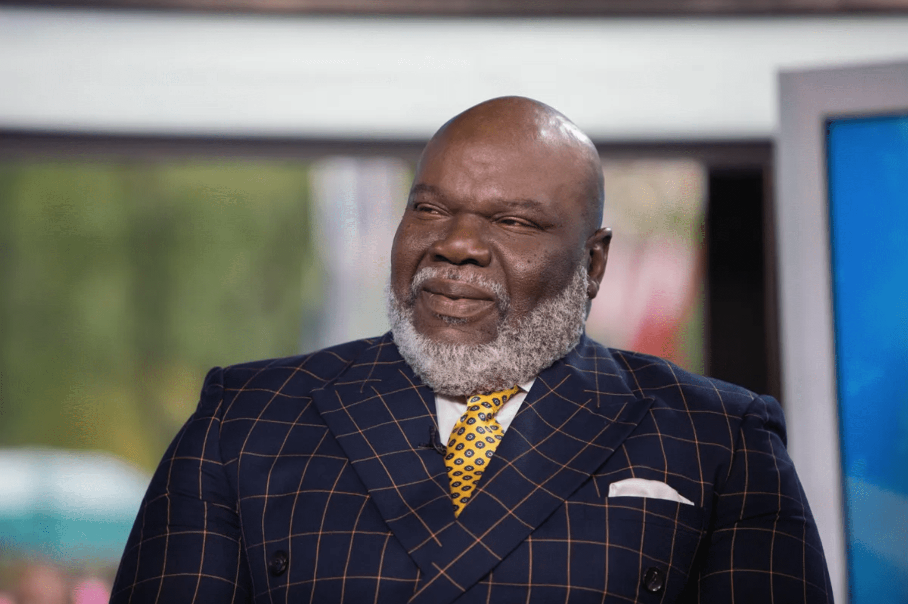 Bishop T.D. Jakes speaks in a television interview on October 9, 2017 at the NBCUniversal Network. | Source: Getty Images