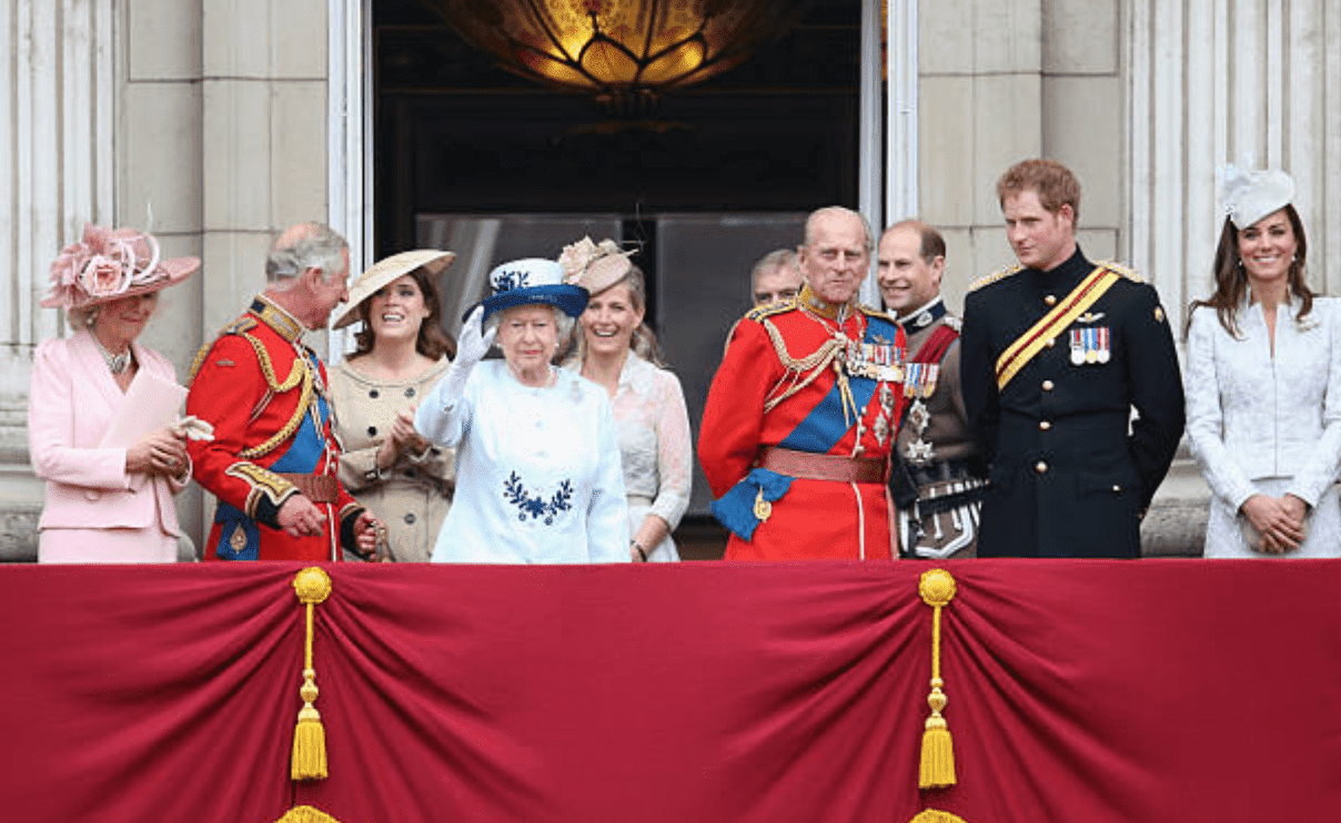 Princess Camilla, Prince Charles, Princess Eugenie, Queen Elizabeth, Princess Sophie, Prince Philip, Prince Edward, Prince Harry and Kate Middleton stand together on a balcony, during Queen Elizabeth's Birthday Parade, on June 14, 2014, London, England | Source: Getty Images