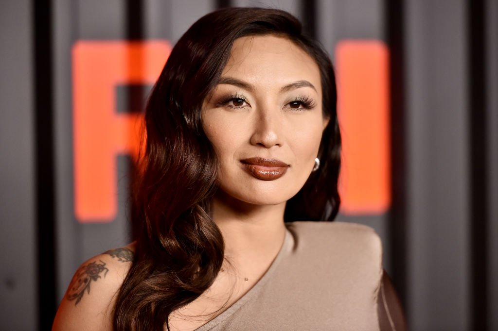 Jeannie Mai attends the Bvlgari B.zero1 Rock collection event at Duggal Greenhouse on February 06, 2020 | Photo: Getty Images