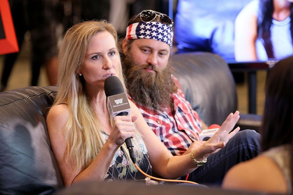 Korie and Willie Robertson during the 50th Academy of Country Music Awards at Arlington Convention Center Grand Hall on April 18, 2015 in Arlington, Texas | Photo: Getty Images