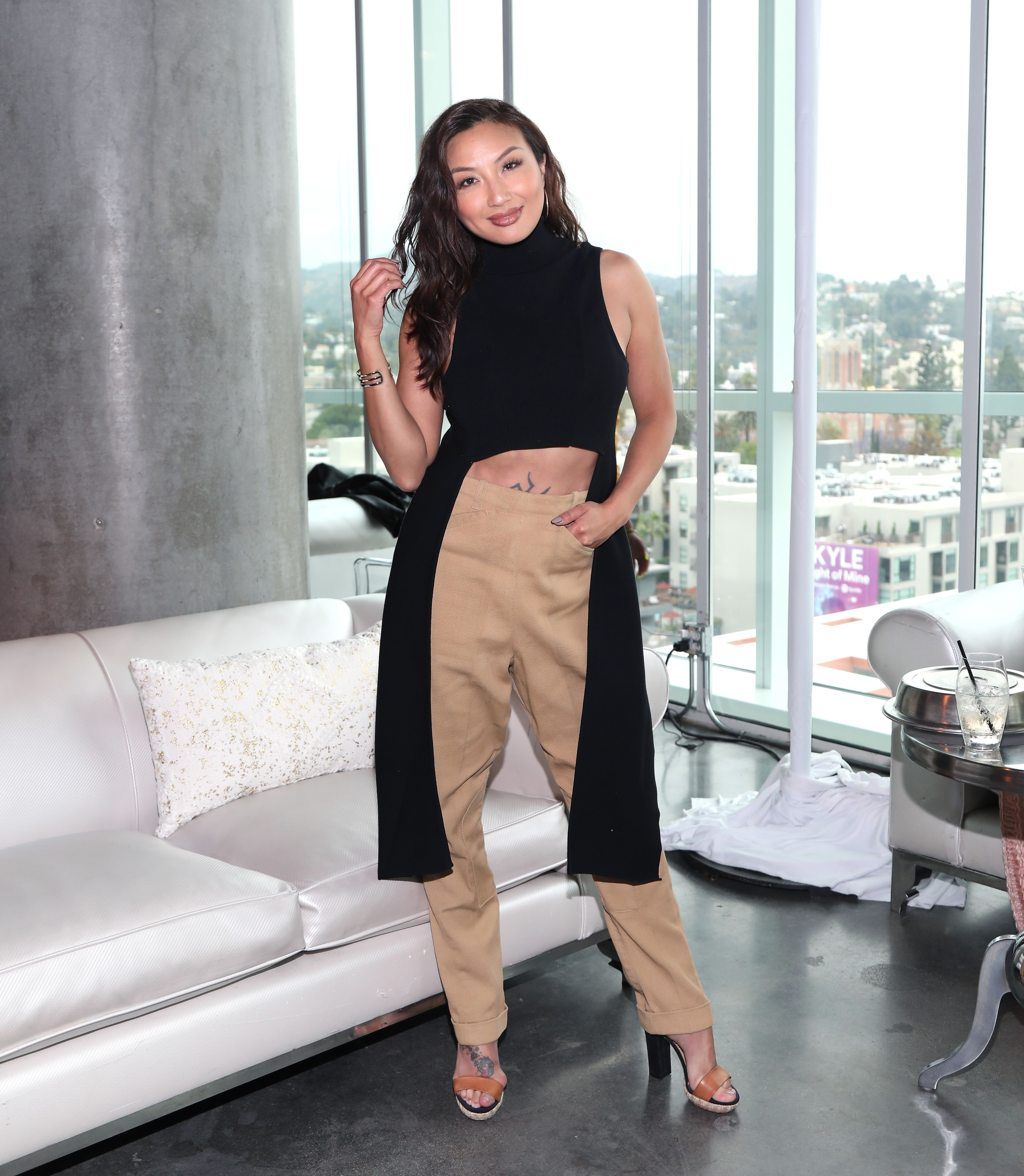 Jeannie Mai attends the CIROC Empowered Women's Brunch at the W Hollywood on May 21, 2018 | Photo: Getty Images