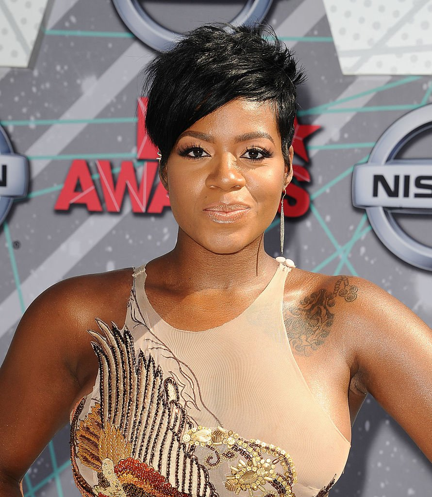R&B singer Fantasia Barrino on the red carpet for the 2016 BET Awards in Los Angeles, California. | Photo: Getty Images