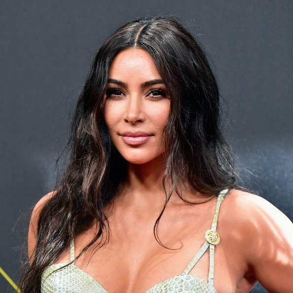 Kim Kardashian attends the 2019 E! People's Choice Awards at Barker Hangar on November 10, 2019 in Santa Monica, California | Photo: Getty Images
