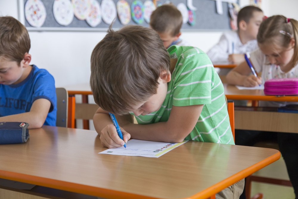 A photo of first graders in class | Photo: Shutterstock