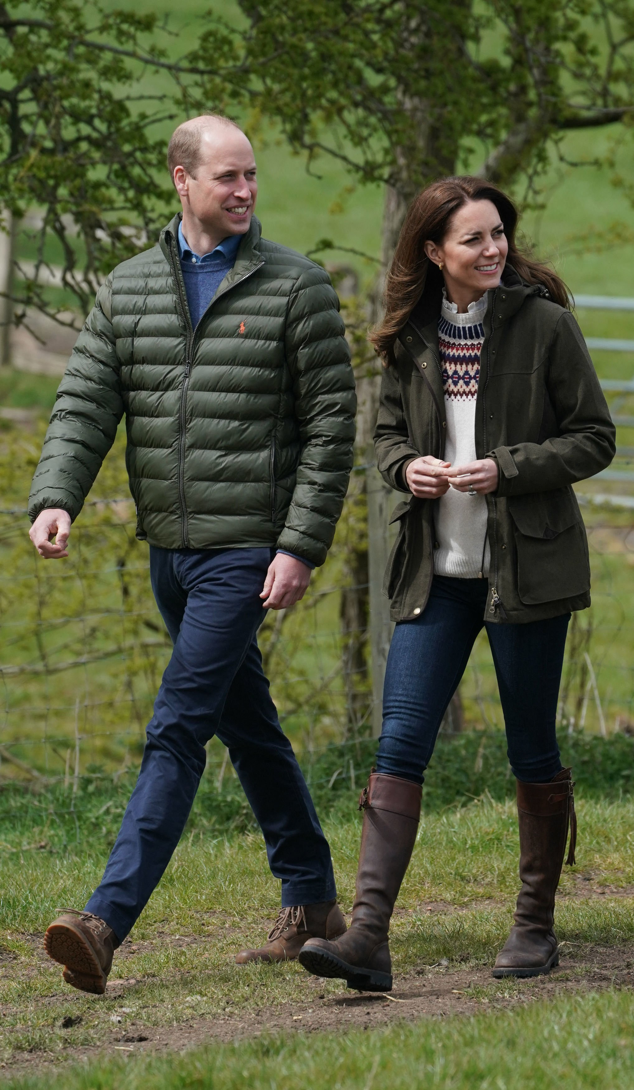 Prince William and Kate Middleton pictured during their visit to Manor Farm in Little Stainton, near Durham. | Photo: Getty Images