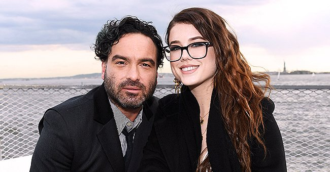 Johnny Galecki Recently Welcomed His First Child With Alaina Meyer -  Meet the 'Roseanne' Star's Girlfriend