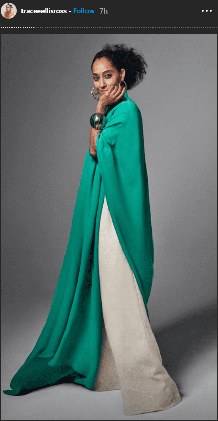 Former model Tracee Ellis Ross in an elegant blue-green top and white palazzo pants. | Photo: instagram.com/traceeellisross
