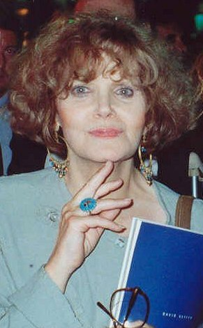 Eileen Brennan at the AIDS Project Los Angeles (APLA) benefit. | Source: Wikimedia Commons