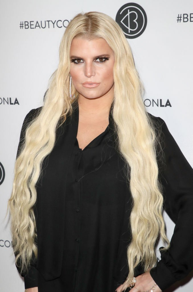 Jessica Simpson attends the Beautycon Festival LA 2018 at the Los Angeles Convention Center. | Photo: Getty Images