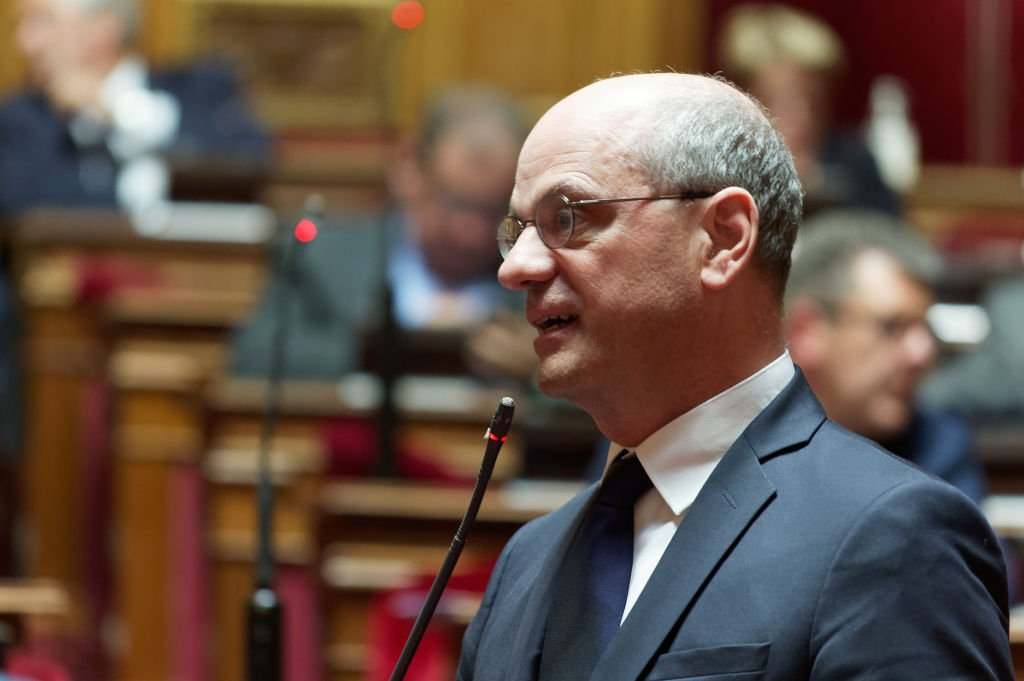 Jean-Michel Blanquer s'exprime lors de la séance des questions au gouvernement par les sénateurs le 17 juin 2020 à Paris, France. | Photo : Getty Images
