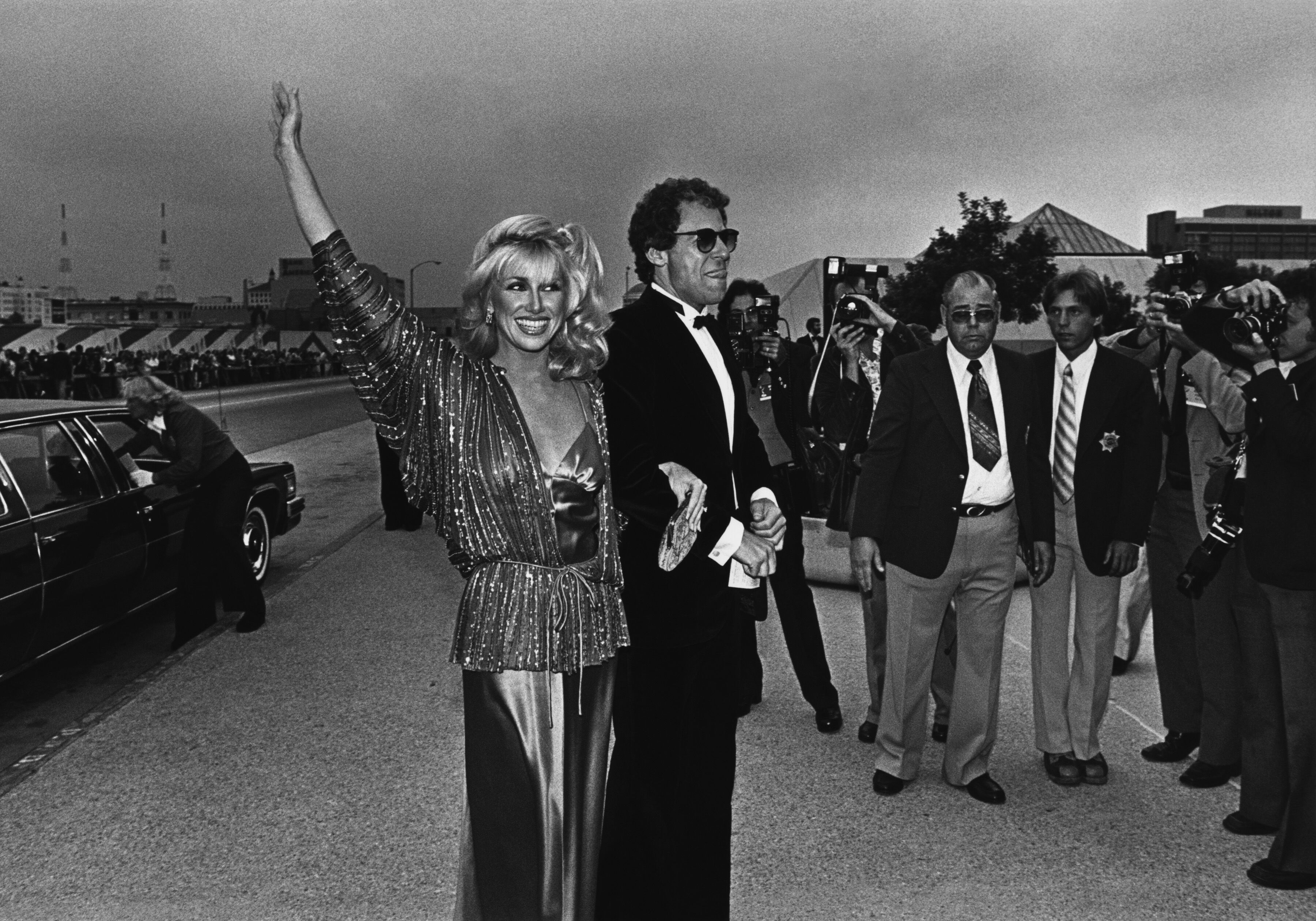 Suzanne Somers and her husband Alan Hamel at the 1978 Emmy Awards in Pasadena, California | Source: Getty Images
