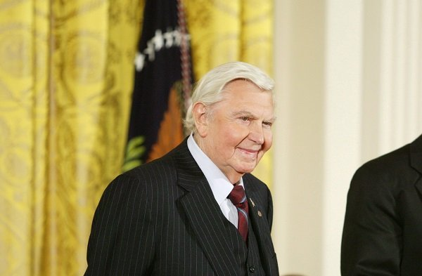 Andy Griffith at the White House in Washington D.C. on November 9, 2005   Photo: Getty Images