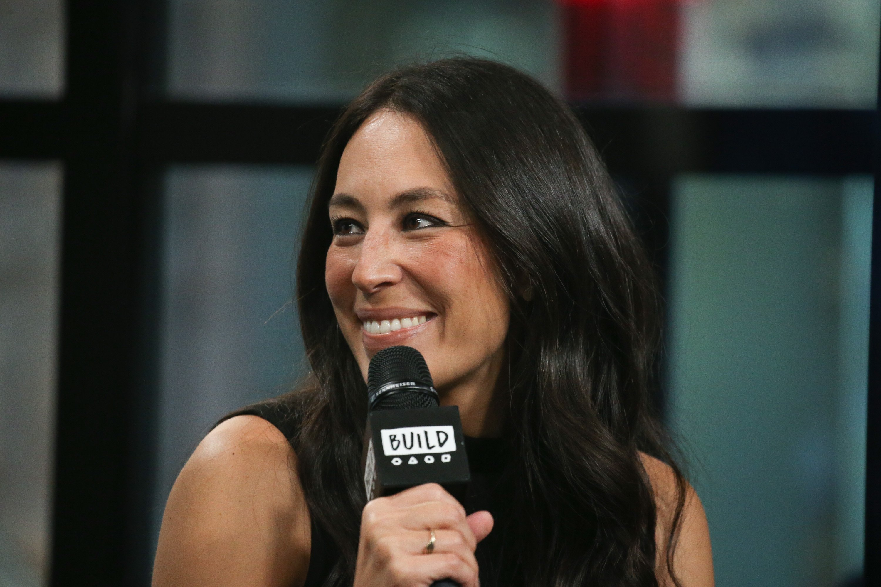 "Joanna Gaines discusses new book, ""Capital Gaines: Smart Things I Learned Doing Stupid Stuff"" at Build Studio on October 18, 2017. 