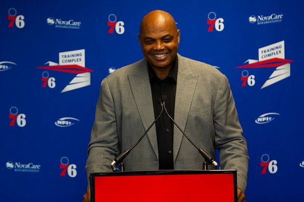 Charles Barkley speaks at the podium prior to his sculpture being unveiled at the Philadelphia 76ers training facility on September 13, 2019    Photo: Getty Images