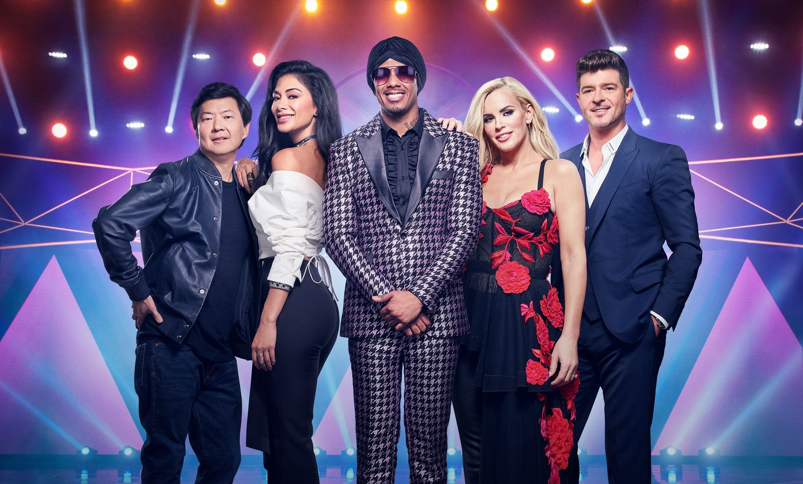 """Ken Jeong, Nicole Scherzinger, Nick Cannon, Jenny McCarthy, and Robin Thicke in """"The Masked Singer"""" on June 13, 2018 