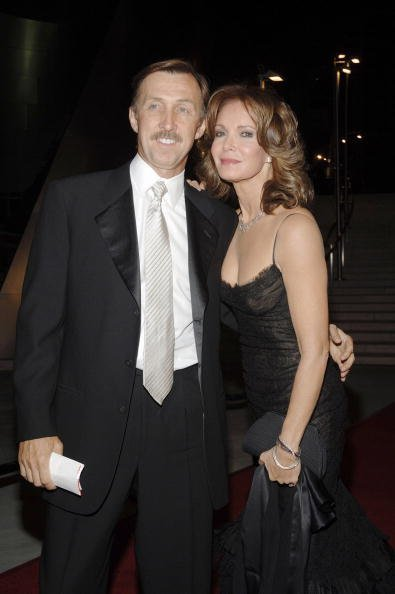 Brad Allen and Jaclyn Smith at the Walt Disney Concert Hall on September 28, 2006 in Los Angeles, California | Photo: Getty Images