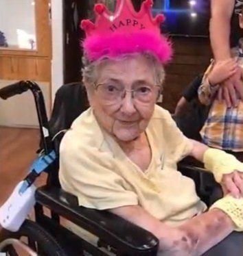 Rose Marie Bentley, the late 99 year old who had Situs Inversus. | Photo: YouTube/ KGW News.