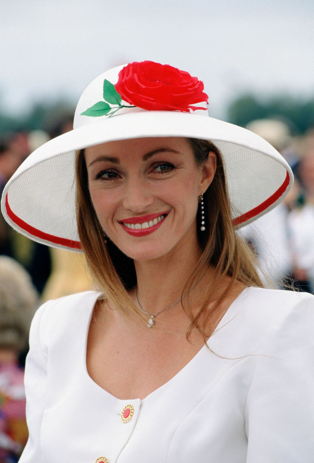 Actress Jane Seymour at Cartier Polo Day, Windsor, Berkshire, UK on July 29, 1990 | Photo: Getty Images