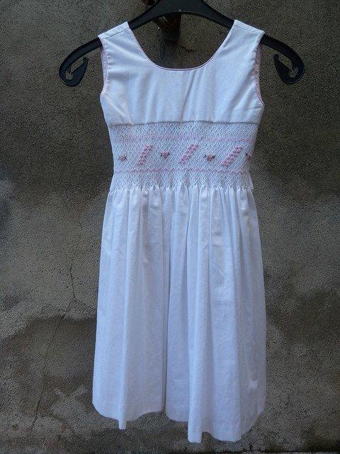Une robe pour enfants. l Source: Flickr