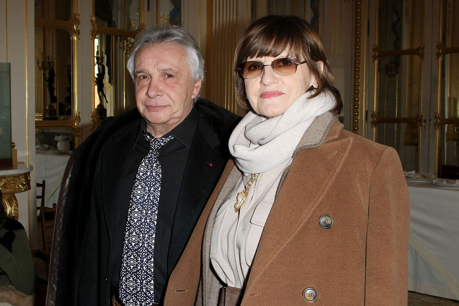 Michel Sardou avec sa femme Françoise Pettré.  | Photo : GettyImage