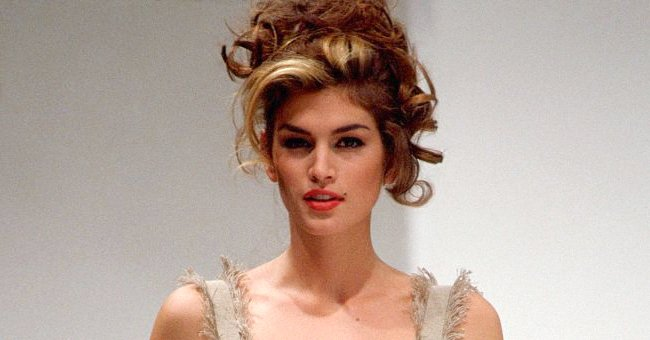 Cindy Crawford walks on the runway for Dolce & Gabbana fashion show in Milan, Italy in 1991.   Photo: Getty Images