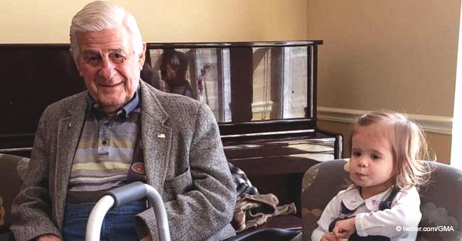 """""""Su amor por él es genuino"""": veterano de 95 años con demencia encuentra un alma gemela de 3 años"""