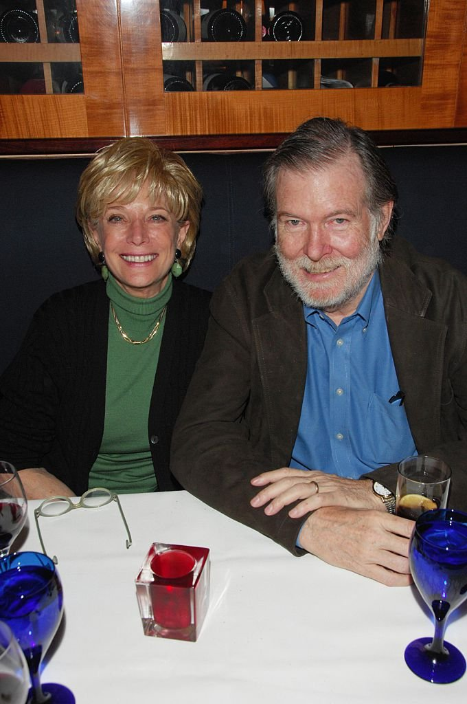 Lesley Stahl and Aaron Latham on February 26, 2007 in New York City | Photo: Getty Images