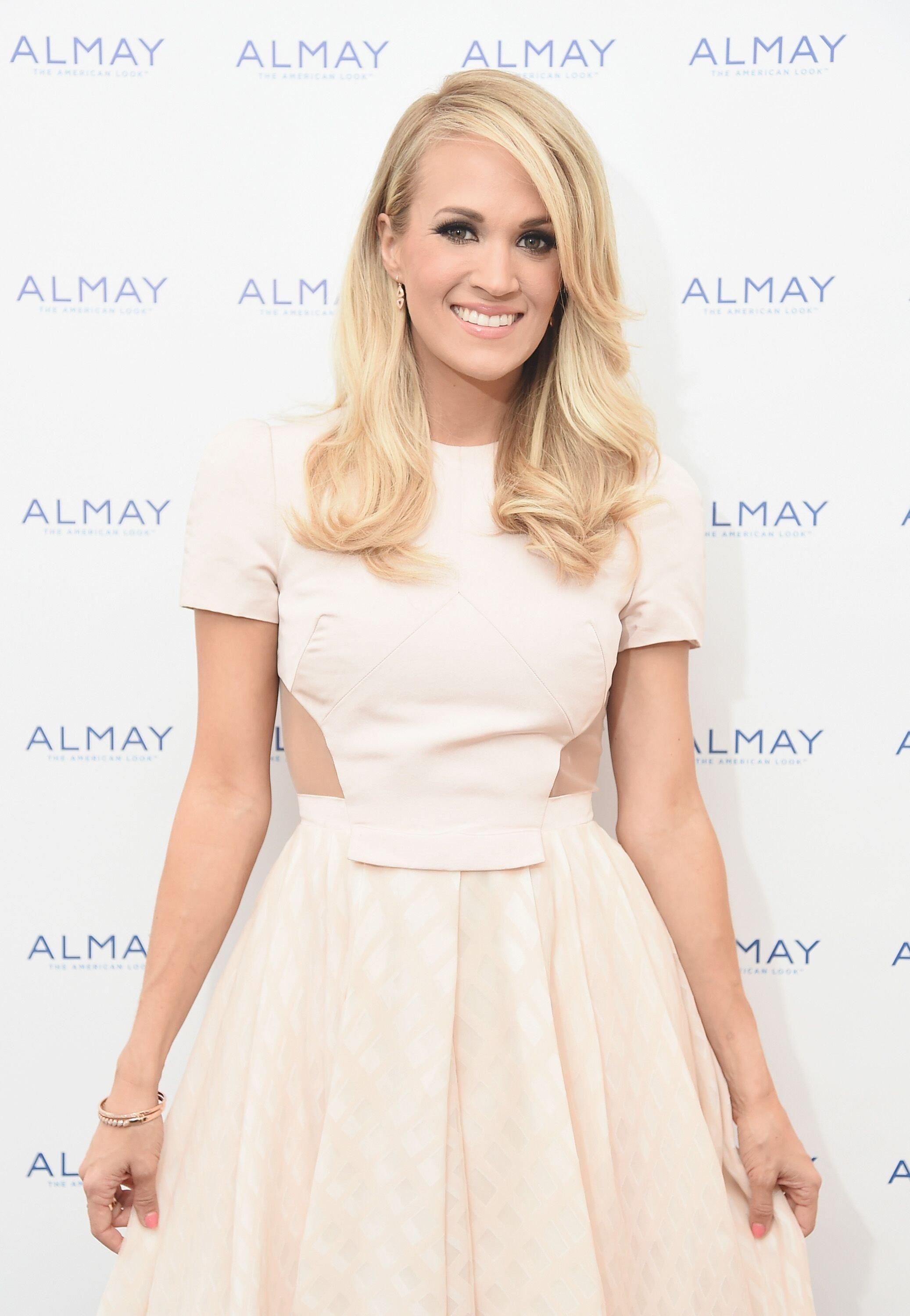 Carrie Underwood at Almay Fresh-Faced Beauty Day on October 21, 2015, in New York City | Photo: Michael Loccisano/Getty Images