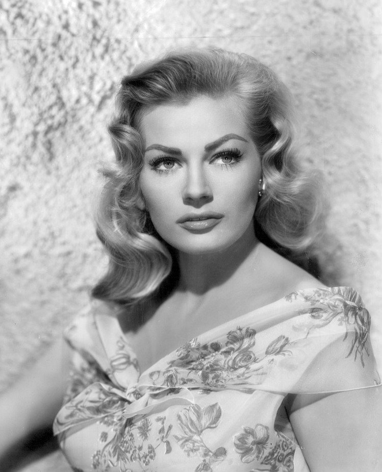 Anita Ekberg en 1956 l Source: Wikimedia Commons