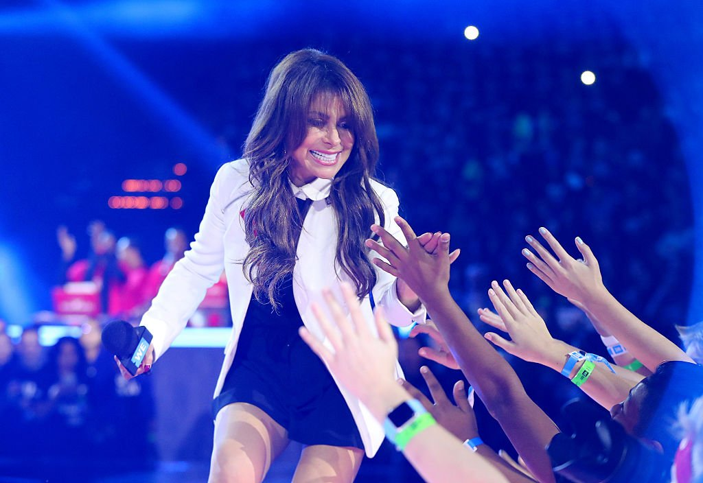 Paula Abdul interacts with fans while on stage during WE Day Minnesota at Xcel Energy Center on September 20, 2016 in St Paul, Minnesota | Photo: Getty Images