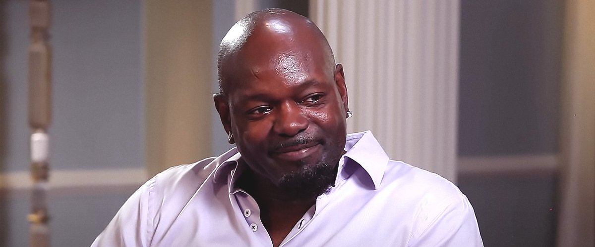 Emmitt Smith's Life & Career — NFL Hall of Famer, DWTS Champion and Father-Of-Five