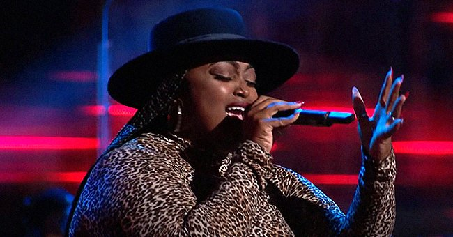 Watch 'The Voice' Singer Desz Get a 4-Chair Turn as She Stuns Judges Singing 'Unbreak My Heart'