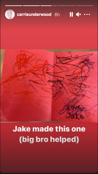 Lovely birthday card Carrie Underwood got from her son, Jake | Photo: Instagram / carrieunderwood/