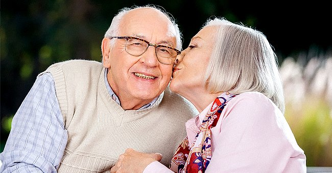 Daily Joke: Elderly Widow and Widower Have Dinner Together at an Activity Center