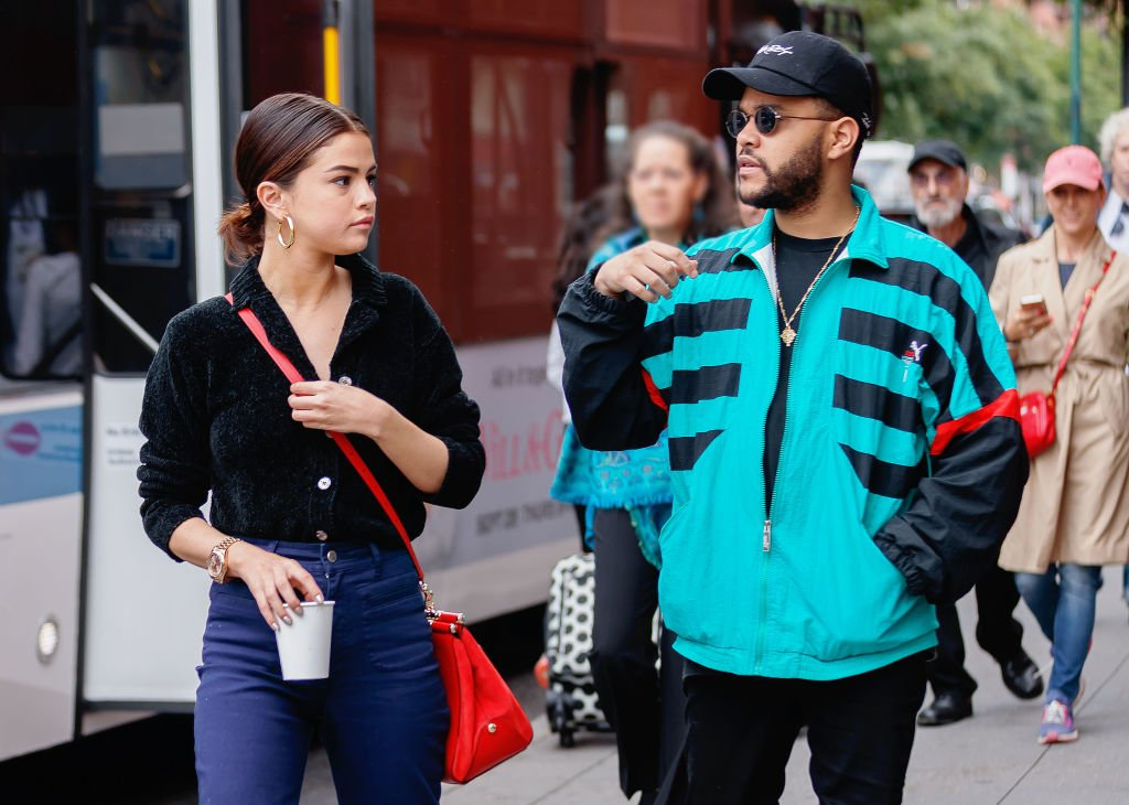 Selena Gomez and The Weeknd go shopping in Soho, September 2017 | Source: Getty Images