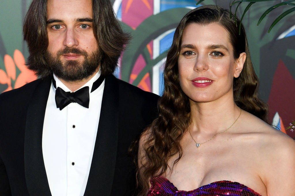 Charlotte Casiraghi  et Dimitri Rassan arrivent au César Film Awards 2018 à la Salle Pleyel le 2 mars 2018 à Paris. | Photo : Getty Images