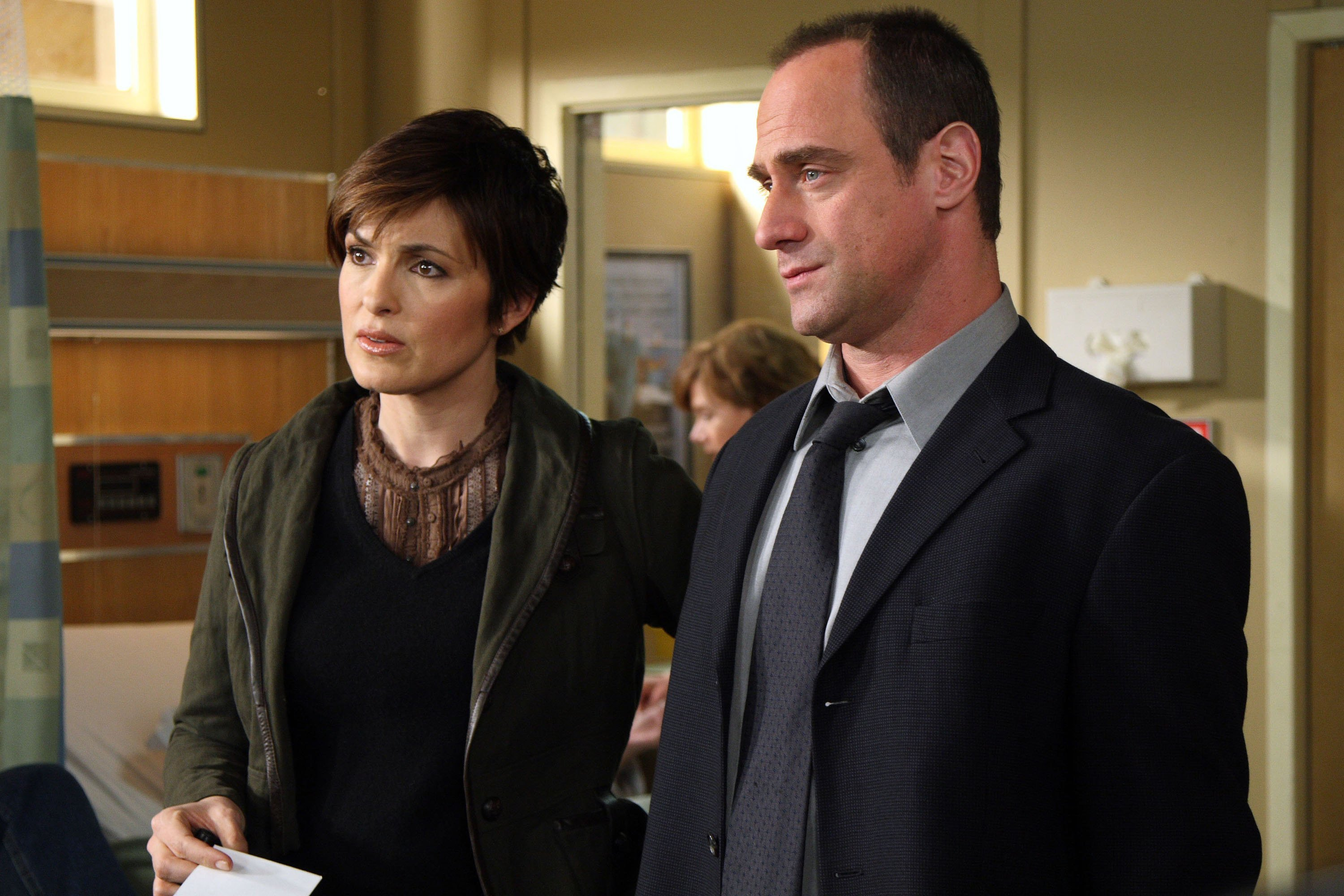 "Mariska Hargitay as Detective Olivia Benson, Christopher Meloni as Detective Elliot Stabler on ""Law & Order: SVU"" May 07, 2007 