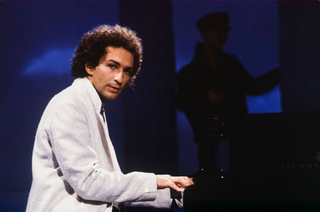 Michel Berger lors d'un concert en octobre 1983 à Paris, France. | Photo : Getty Images