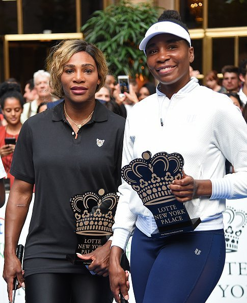 Serena Williams and Venus Williams at the 2019 Palace Invitational in New York City. | Photo: Getty Images.