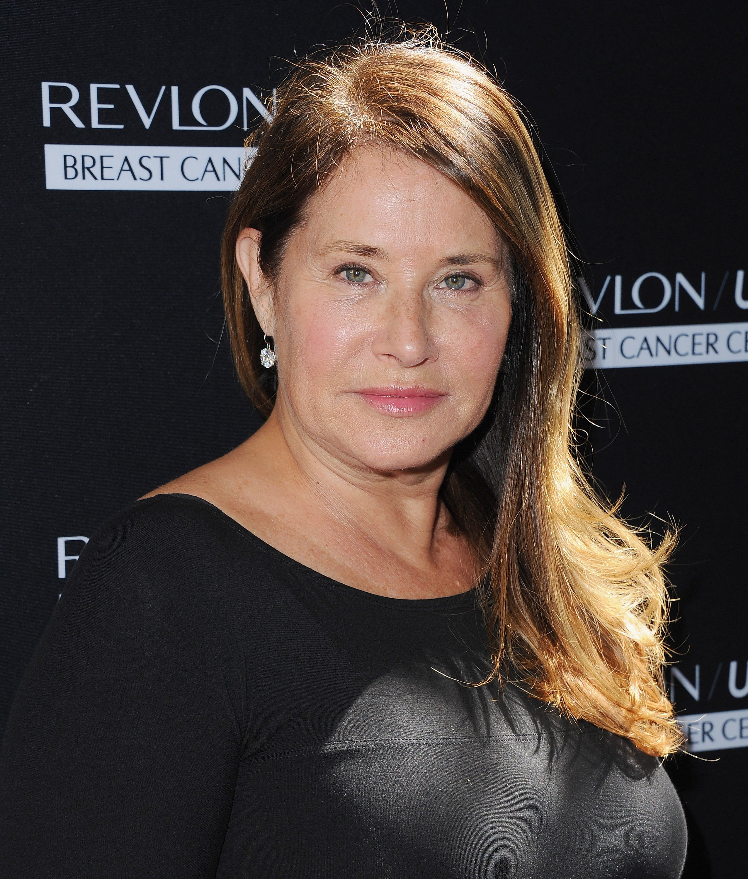 Lorraine Bracco arrives at Revlon's Annual Philanthropic Luncheon at Chateau Marmont on September 27, 2016 in Los Angeles, California. | Photo: Getty Images