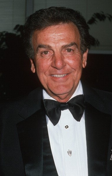 Mike Connors during 1998 Sheeba Humanitarian Awards at Beverly Hilton Hotel in Beverly Hills, California, United States | Photo: Getty Images