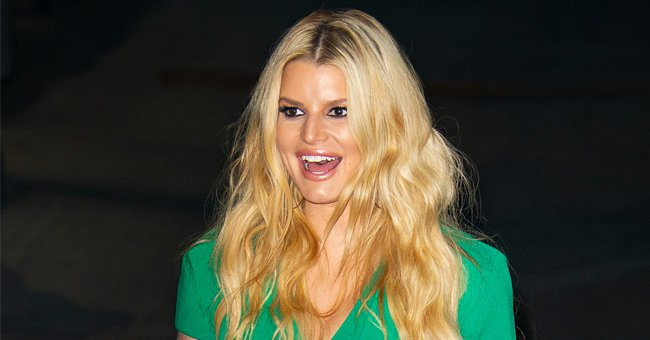 Check Out Jessica Simpson's Fit and Toned Body as She Does a Yoga Warrior Pose